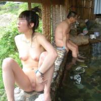露天風呂って気持ちいいよねwww混浴だと余計にwwwww