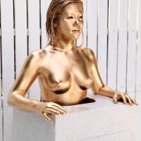 究極なフェチエロ!裸で銅像になって弄くりまわされる美女 月野ひかり