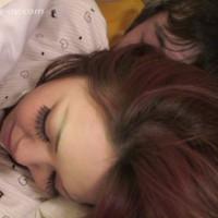 川の字で寝ている姉を犯したらその喘ぎ声を聞いて発情し出す妹~川の字で寝る(姉)ゆめみと(妹)うた