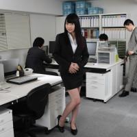 私、正社員になるために性社員になりました 前編 – 綾瀬ゆい