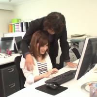オフィスでパワハラ中出しセックス – 前田由美【美乳・中出し・口内発射】