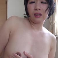 縦型動画 020 ~謎の熟女祥子さんは勝手にフェラチオする~ – 高嶋祥子【初裏・顔射・長身】